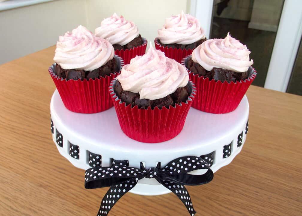 Amazing Dr Pepper Cupcakes | Cake | Chocolate | Cherry