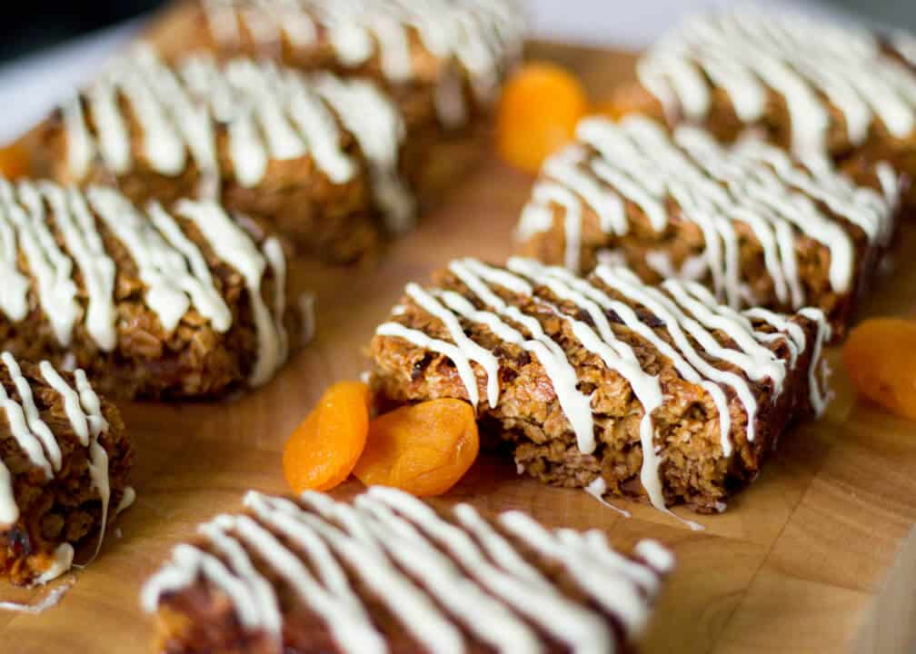 Easy Apricot & White Chocolate Flapjacks | Traybake | Bars