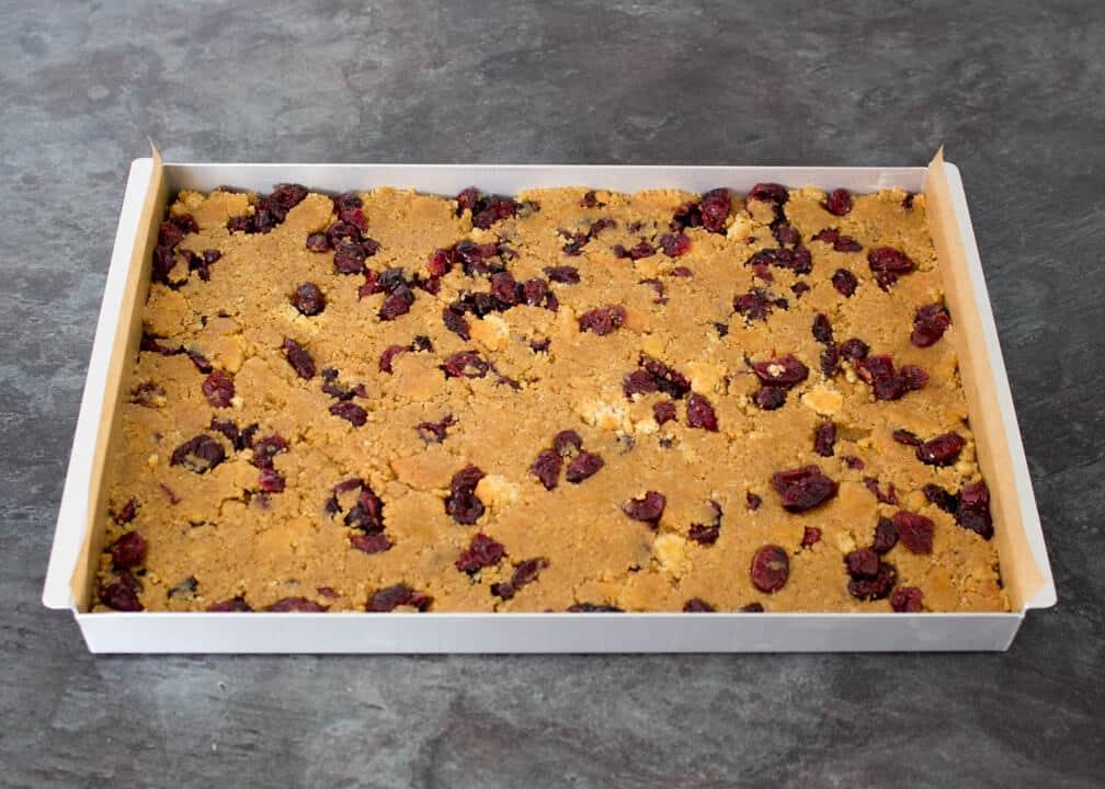No Bake White Chocolate Cranberry Tiffin | Christmas | Bars | Traybake