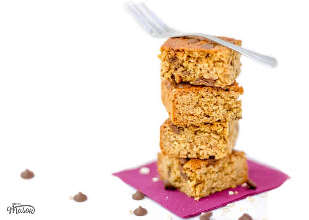 Healthy Chocolate Chip Flapjack | Granola | Bars | Tray Bake | Biscoff