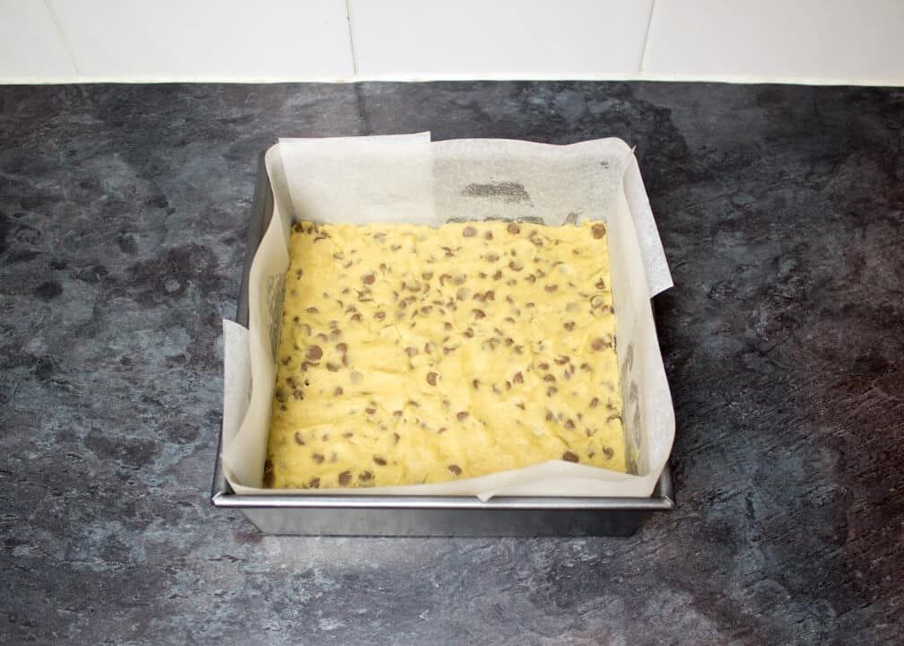 Choc Chip Cookie Cheesecake Bars | Chocolate Chip | Vanilla | Traybake